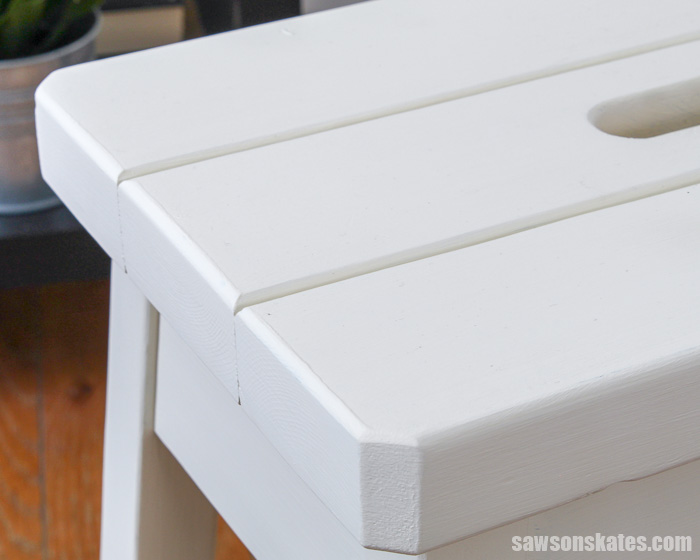 This DIY step stool has simple design