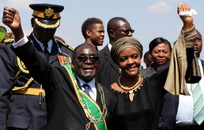 Robert And Grace Mugabe Greet Supporters At A National Heroes Day Rally In Harare On 11 August | Saxafi