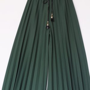 Pantaloni tip fusta verde cu pliuri