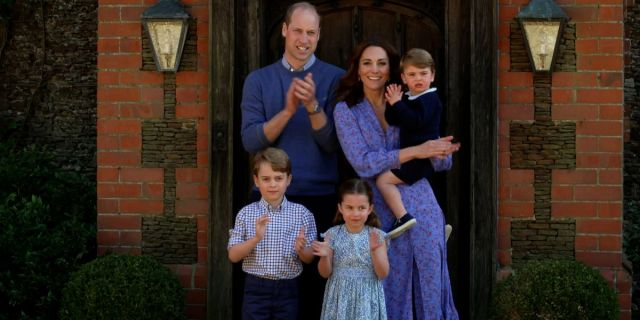 Prince William And Kate Middleton Vacation With The Queen