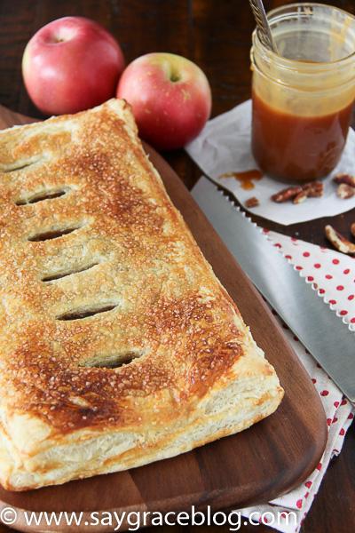 Salted Carmel-Pecan Apple Slab