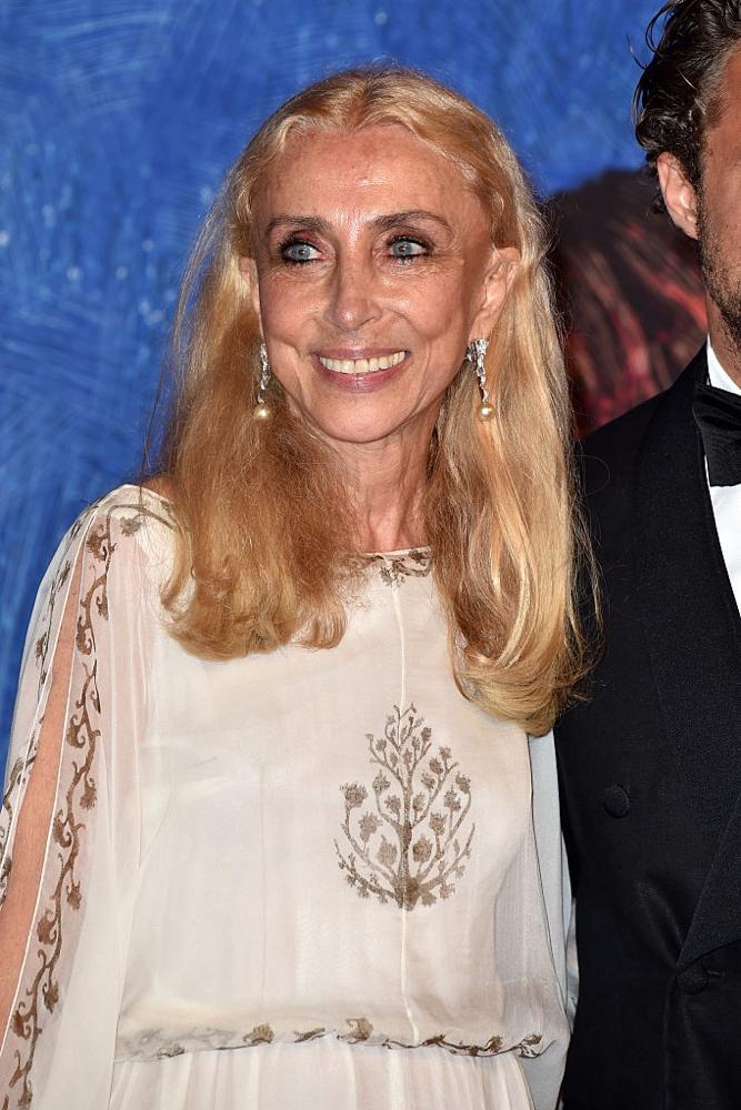 Italian Vogue Editor In Chief Dies At 66