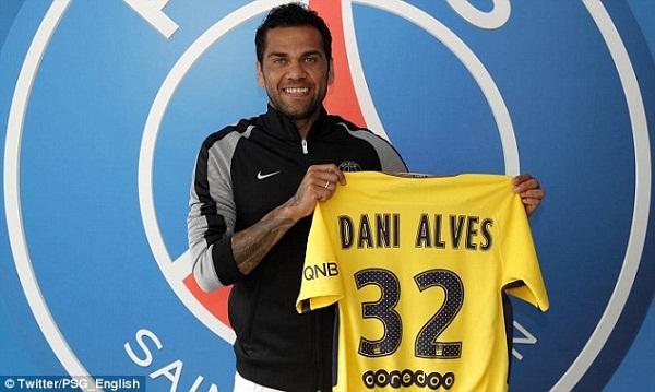 PSG Sign Manchester City Target Dani Alves on £230,000 a Week Deal