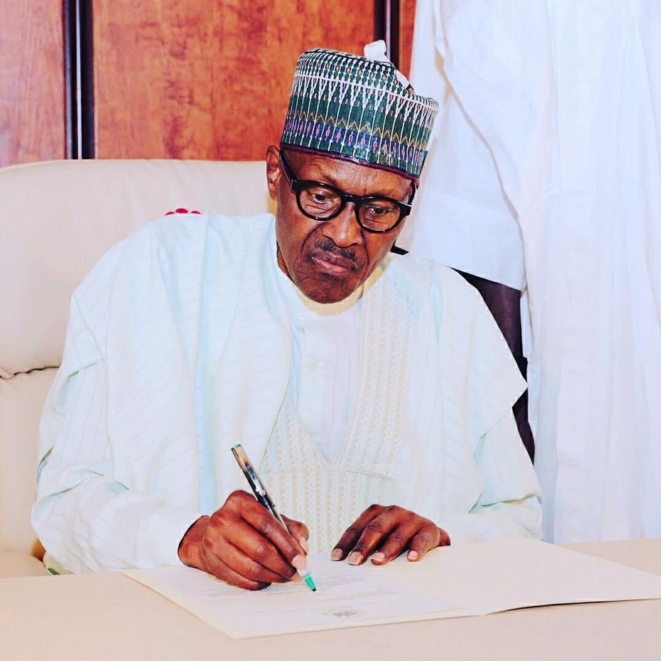 President Buhari Orders Probe Of ex-JAMB And NIMASA's Heads