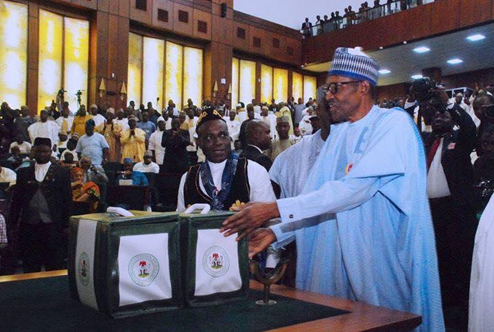 'A Nigeria That Feeds Itself' - President Muhammadu buhari Presents 2018 Budget