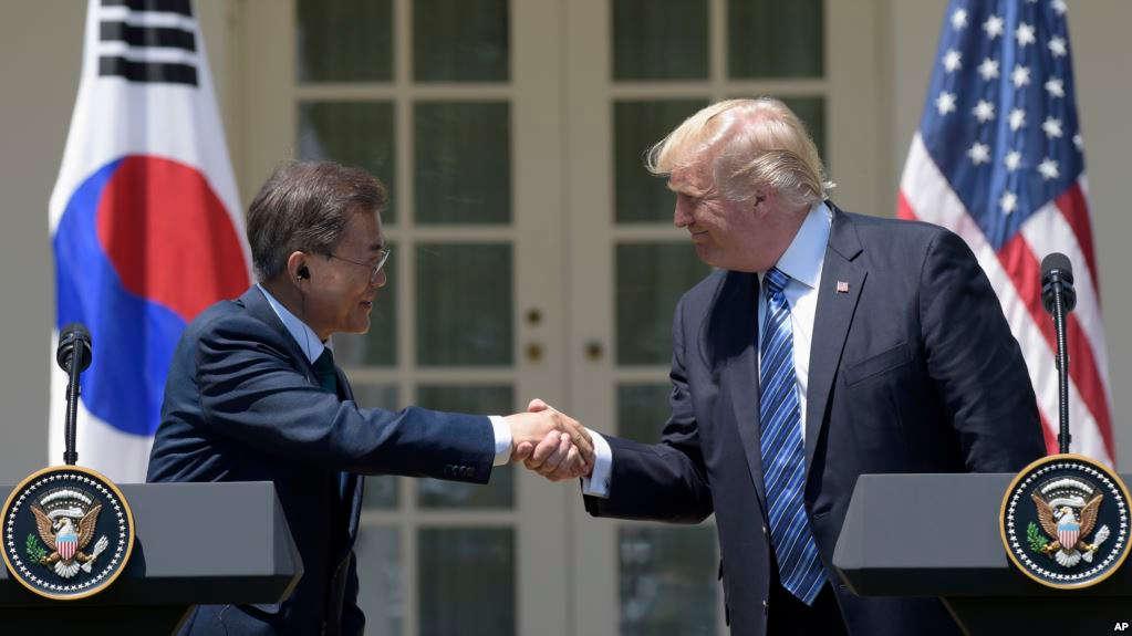 Trump, Moon Discuss Kim's Threat To Scrap Summit