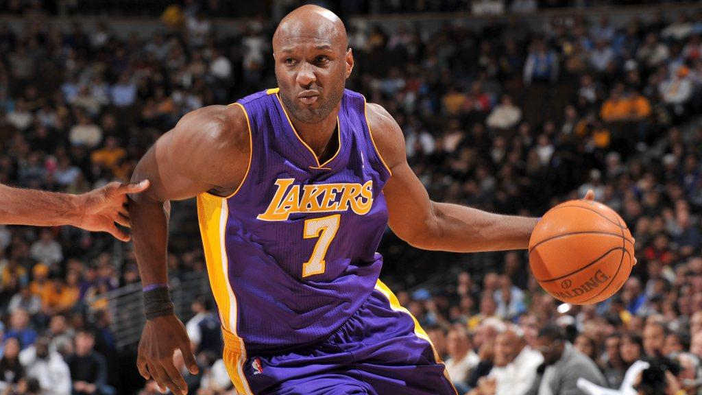 Lamar Odom Returns to Professional Basketball
