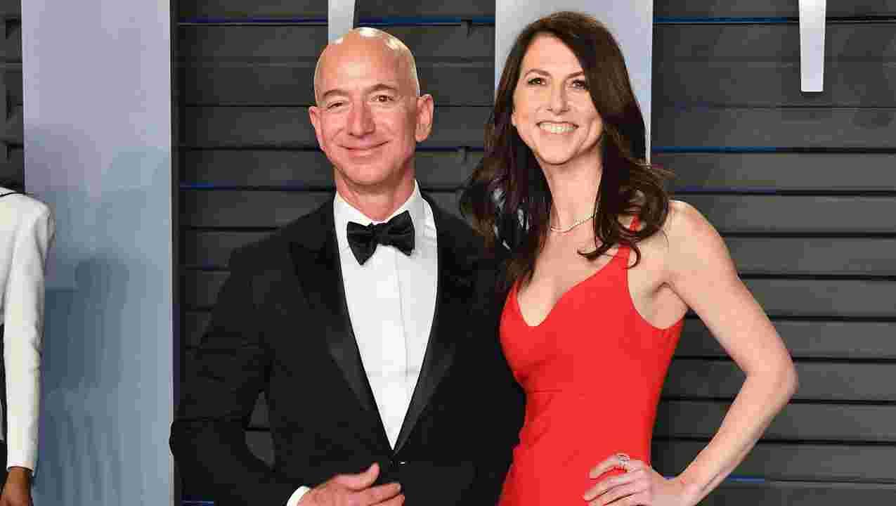 Worlds Richest Couple, Jeff Bezos & Wife MacKenzie Announce Divorce