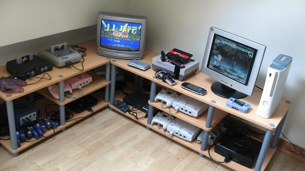 Gaming consoles (Credit: PaperGhost)