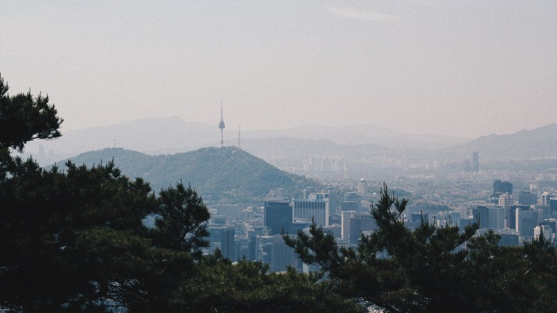 Hiking in Seoul: Bugaksan (북악산) + Inwangsan (인왕산)