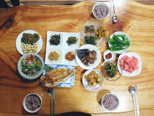 Breakfast at B&B Guesthouse in Jeju (뱅디가름 게스트하우스 )