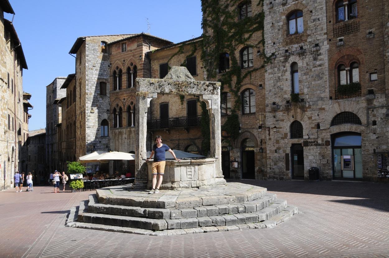 San Gimignano square