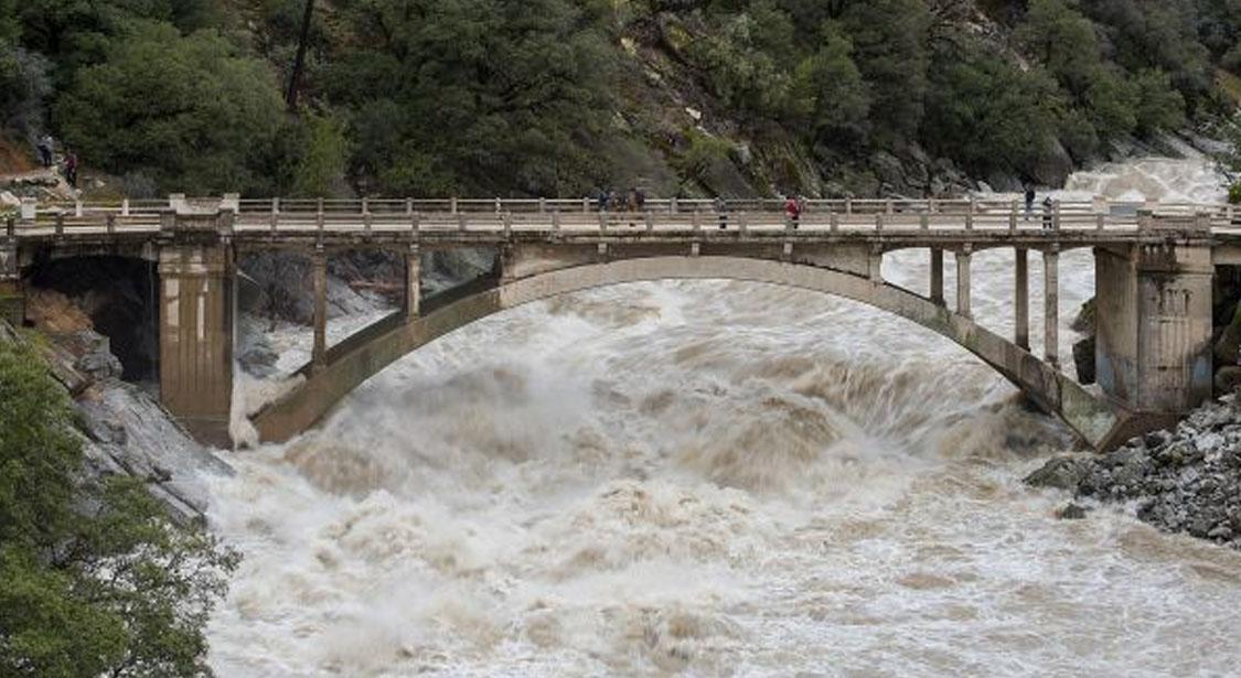 2017 flood photo