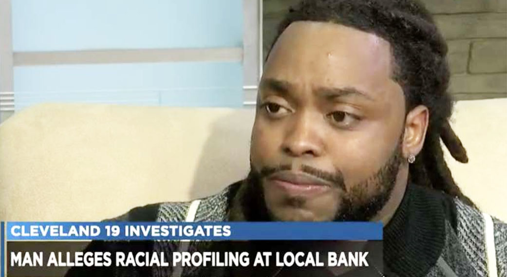 911 Called on Black Man Trying to cash paycheck