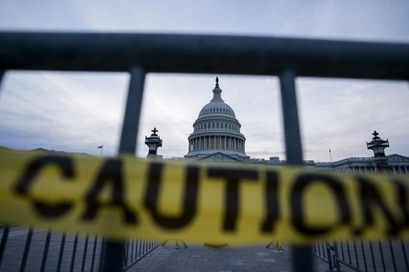 Government-shutdown-threatens-food-stamps-airport-security