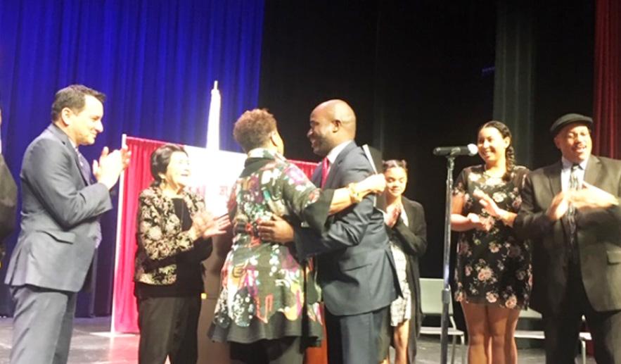 Tony Thurmond sworn in
