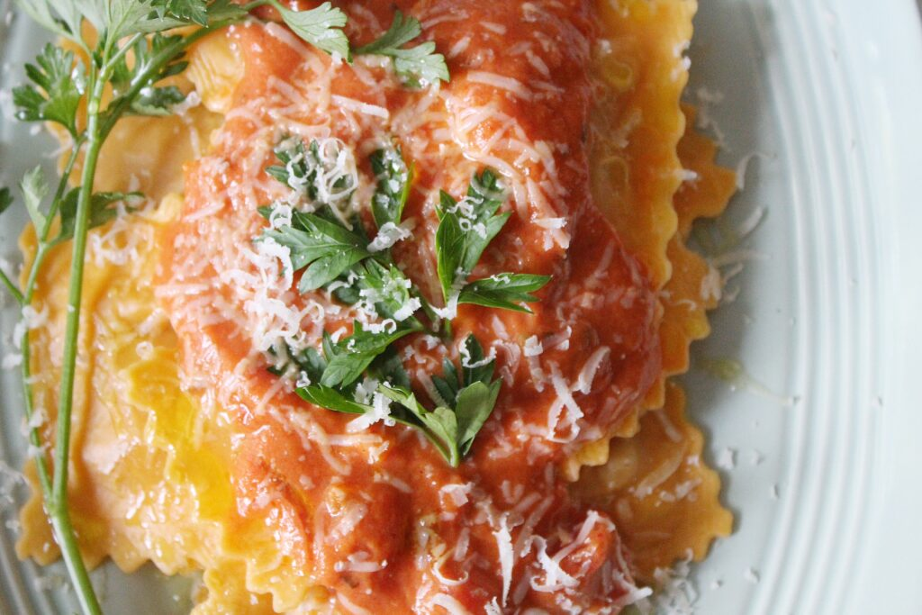 Vegetabel Ravioli with Rose Sauce