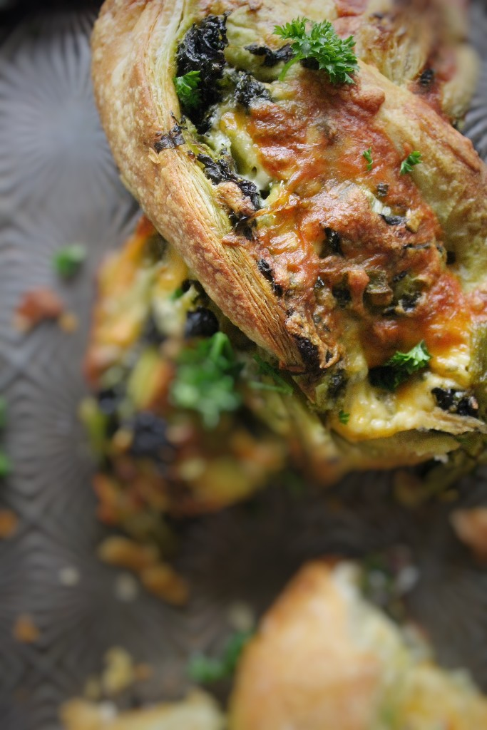 Twisted Tex Mex Cheese Puff with Kale and Pesto