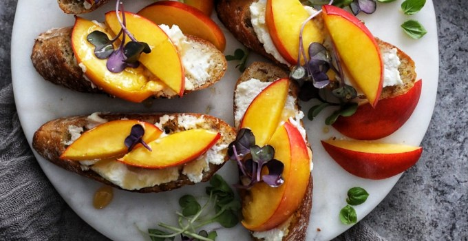 Nectarine, Goat Cheese & Honey Bruschetta