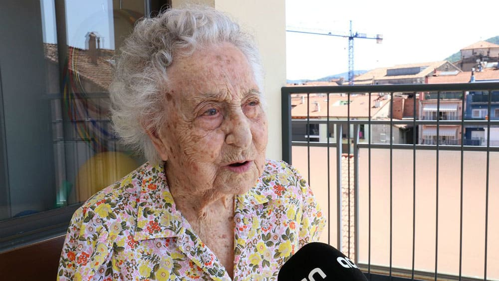 Spain's oldest woman, age 113 has survived Coronavirus 1