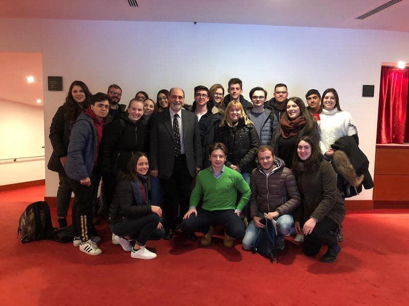 visita al politecnico da parte dei ragazzi del liceo Bonsignori con Guidoni
