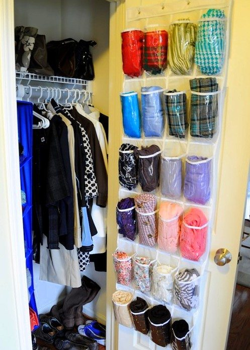 scarves-hanging-caddy