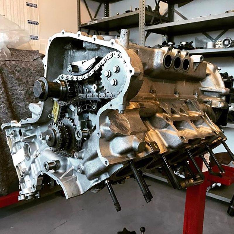 430 challenge car engine going back together today... #racing #racecar #430challenge #430 #ferrari #ferrariengine #sbr #sbrace #sbraceengineering #specialist #v8