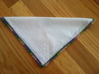 Tatted by Michele Merrill. Pattern: Hankie Edge from Learn to Tat by Janette Baker.