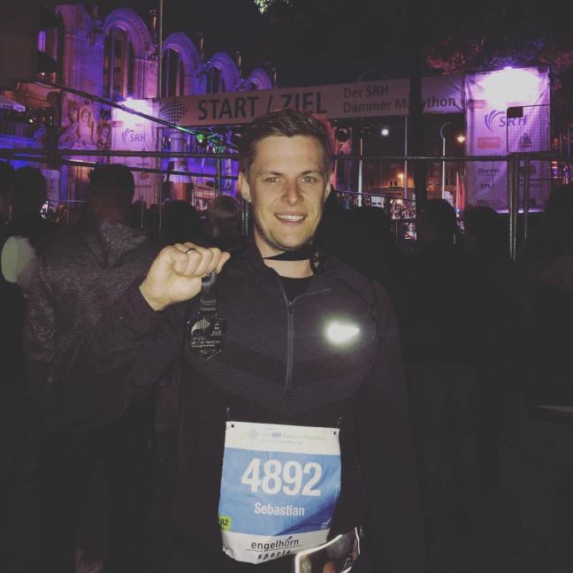 Finisher-Bild beim SRH Dämmermarathon 2016