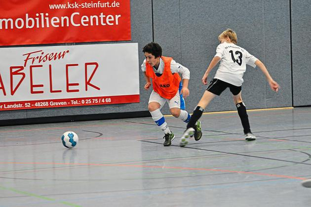 Futsal-Hallenturnier-beim-SC-Reckenfeld-Ordentlich-Dampf-unterm-Dach_image_630_420f_wn