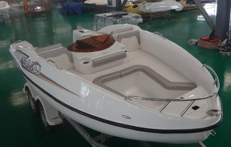 Sanj 2014 New Model Jet Ski Small Fiberglass Boat Sjfz16