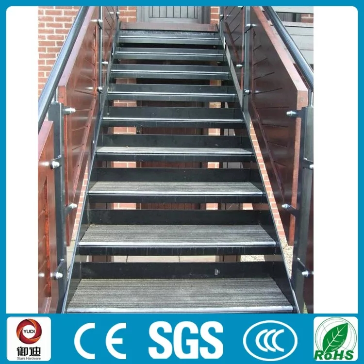 Outdoor Iron Stairs Wooden Stair Treads Antique Staircase Buy | Outdoor Wood Stair Treads | Riser | Heavy Timber | Wood Beam | External | Step