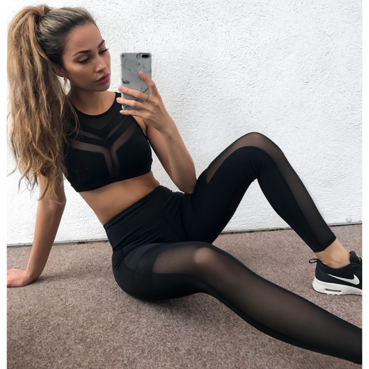 Hot chicks in tights