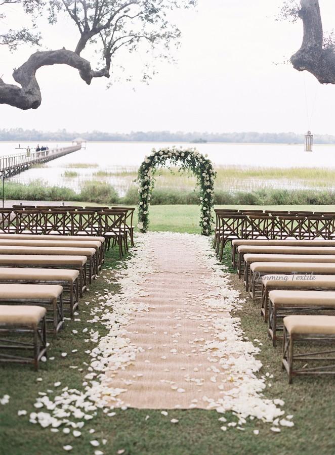 tapis en toile de jute pour mariage en plein air 1 piece tapisserie de fete eglise chemin d allee pour decoration buy chemin d allee en toile de