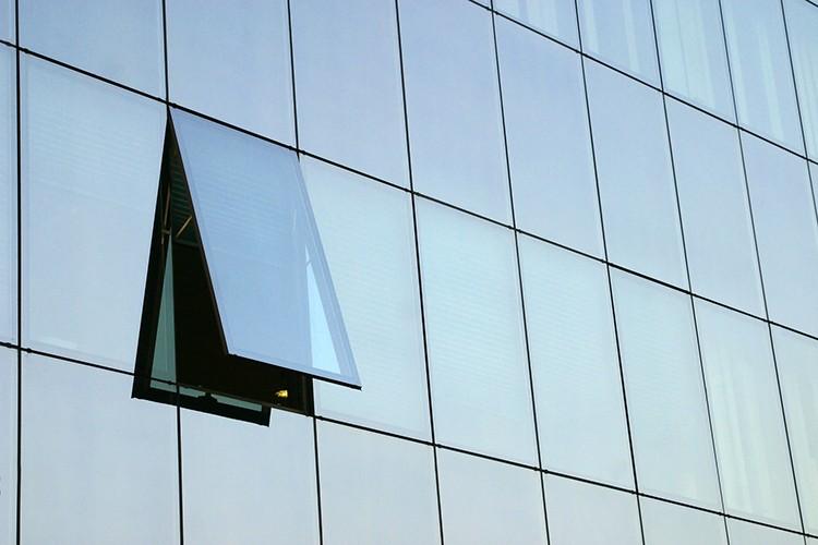 Construction Easy Aluminum Frameless Glass Curtain Wall