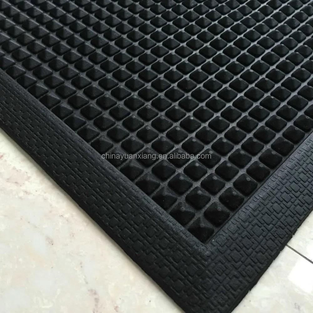https french alibaba com product detail heavy duty hexagon holes outdoor rubber mats 60475459823 html