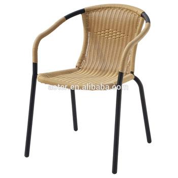 chaise de rotin en aluminium a manger utilisation pour restaurant ou en plein air