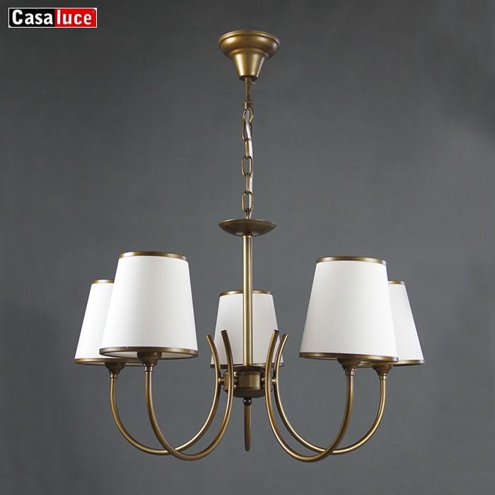 plafonnier suspendu metallique couleur laiton design moderne produit de qualite superieure luminaire decoratif d interieur ideal pour un hotel 5