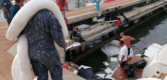 Derrame de combustible en el puerto de Punta del Este. Foto: Armada Nacional del Uruguay