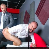 MenAtPlay - Supporting Co-Worker - Bruno Max, Sir Peter