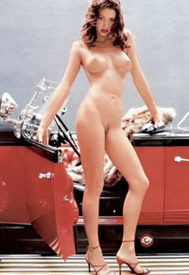 Shannon Elizabeth Nude Pics & Topless Sex Scenes Compilation 17