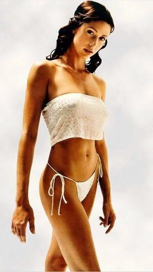 Shannon Elizabeth Nude Pics & Topless Sex Scenes Compilation 23