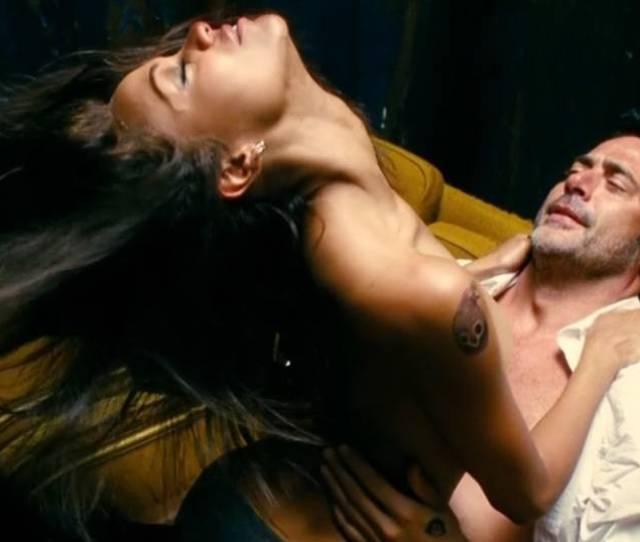 Zoe Saldana Nude Sex Scene In The Losers Movie