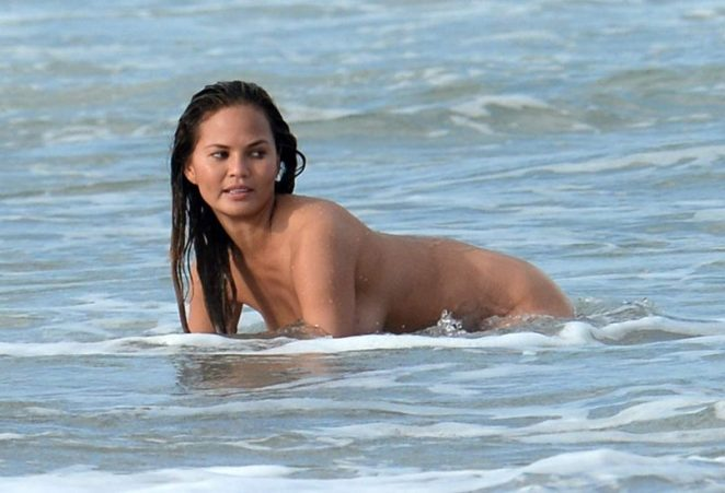 Chrissy Teigen Nude & Topless ULTIMATE Collection 3