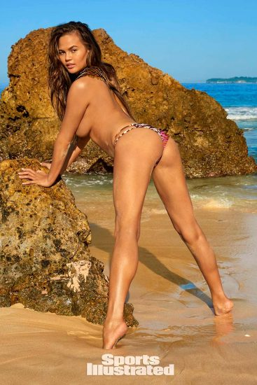 Chrissy Teigen Nude & Topless ULTIMATE Collection 28