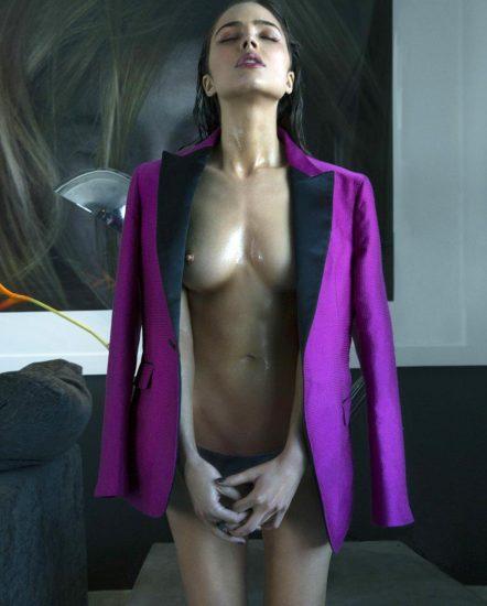 Olivia Culpo nude boobs