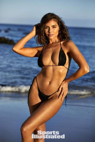 Olivia Culpo black bikini
