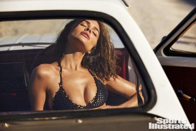 Olivia Culpo Nude & Topless ULTIMATE Collection 85