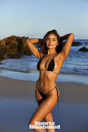 Olivia Culpo Nude & Topless ULTIMATE Collection 78