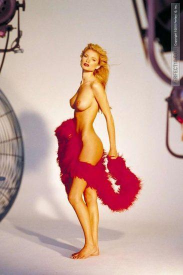 Marisa Miller Nude & Topless Pics + Sexy Scenes 17